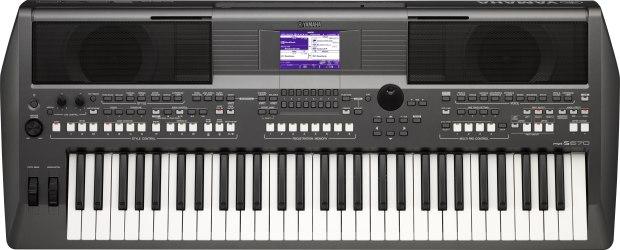 Yamaha-PSR-S670-caly